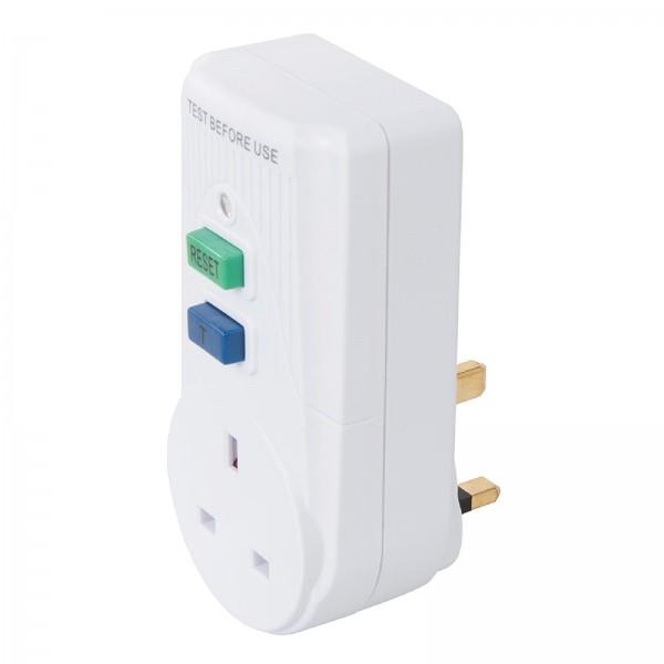 Aktiver 13-A-Fehlerstrom-Netzstecker, GB 230 V