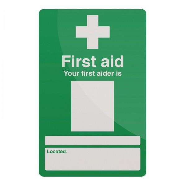 Fixman - Hinweisschild auf Erste-Hilfe-Personal